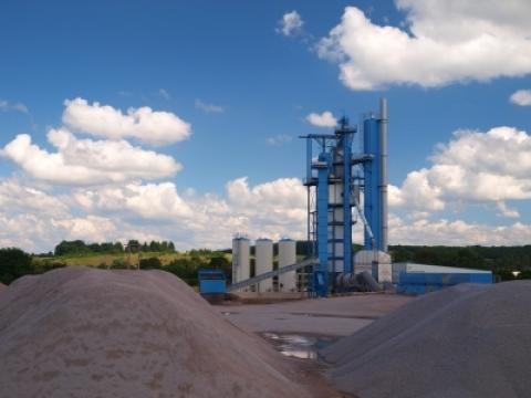 Le groupe Pigeon modernise ses installations par l'acquisition d'un nouveau poste d'enrobage à La Gravelle, actualité du Groupe Pigeon